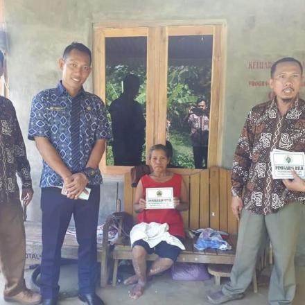 Album : Penerima bantuan Rumah Tidak Layak Huni tahun 2019